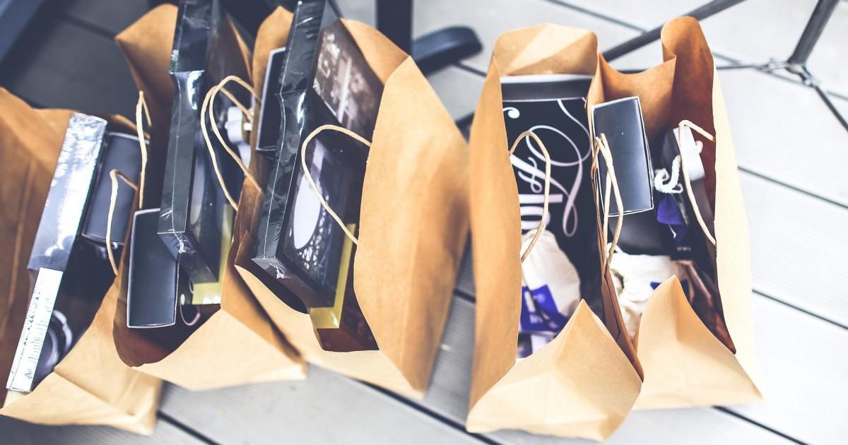 Faire du shopping avec son mec, c'est mieux : la preuve avec ces 10 raisons !
